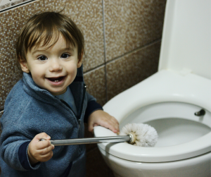 baby-and-toilet